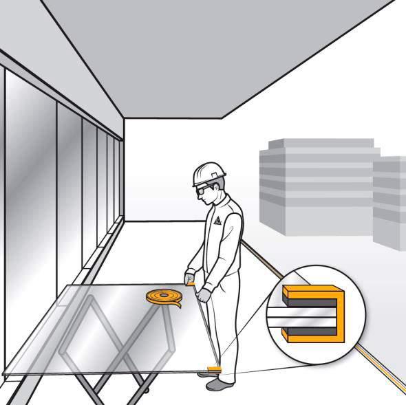 Pasos 4 y 5. Asegurar la correcta ubicación del vidrio en el perfil en U para barandilla y evitar la adhesión del poliuretano al mismo